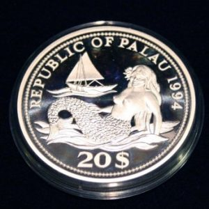 Meerjungfrau Nixe mit Segelboot Meeresleben I Farbige Meeresfaune Mermaid & Sailboat Year Of Marine Life Protection 20 Dollars Silber Silver 999 Republic of Palau Coin