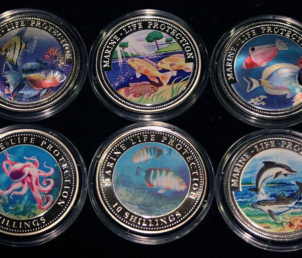 Liberia & Somali Set of 6 Color Coins Marine Life Protection - Lot von 6 Farbmünzen